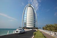 United Arab Emirates, Dubai: Burj Al Arab and Rolls Royce { Vereinigte Arabische Emirate, Dubai: Burj Al Arab und ein Rolls Royce