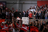 Vienna, Ohio.USA.October 27, 2004..President George W Bush at a rally in a hanger at the Youngstown Warren Regional Airport.