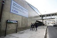 SÃO PAULO,SP,30.08.2014 - INAUGURAÇÃO MONOTRILHO LINHA 15 PRATA - Movimentação de populares durante a inauguração do primeiro trecho do monotrilho de São Paulo, da Linha 15-Prata, entre as Estações Vila Prudente e Oratório, que estará aberto à visitação a partir deste sábado (30), das 10h às 15h. O trecho tem 2,9 km de extensão, de um total de 26,6 km previstos para toda a linha quando for concluída. Nessa fase inicial, a visita do público será controlada e só tem liberação aos finais de semana. (Foto Ale Vianna/Brazil Photo Press).