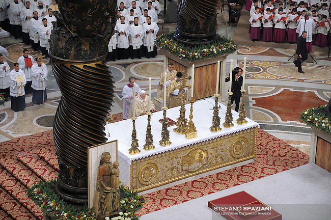 Pope Benedict XVI leads theduring the Christmas Midnight Mass  in Saint Peter's Basilica at the Vatican..Dec. 25, 2008.