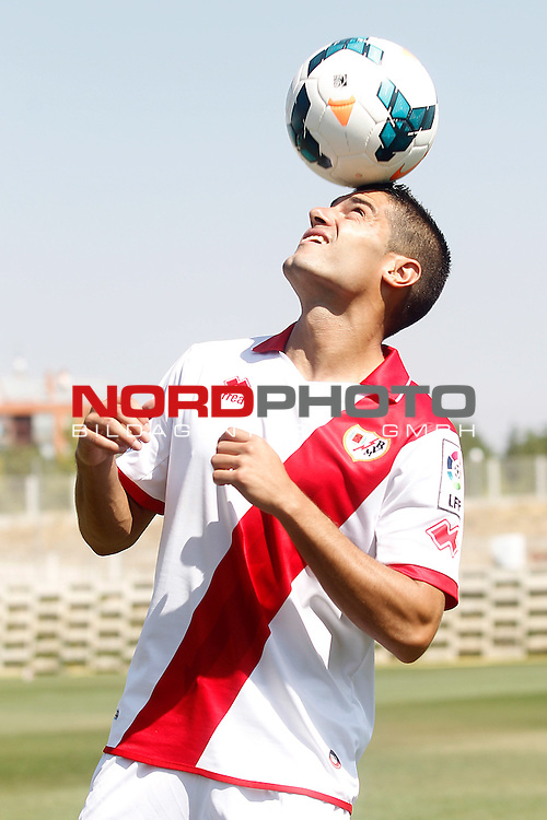 Rayo Vallecano's new player Iago Falque during his official presentation. August 22, 2011. Foto © nph / Acero)