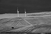 Progetto sperimentale - serie di scatti in velocità sull'autostrada da Benevento a Bari. Settembre 2013.