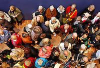 Drukte bij de Gemeentedag voor Ouderen in Amsterdam