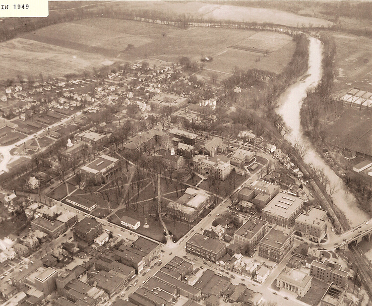 Historical aerial view of Ohio University and Athens from Betty Hollow's Bicentennial Book. © Ohio University