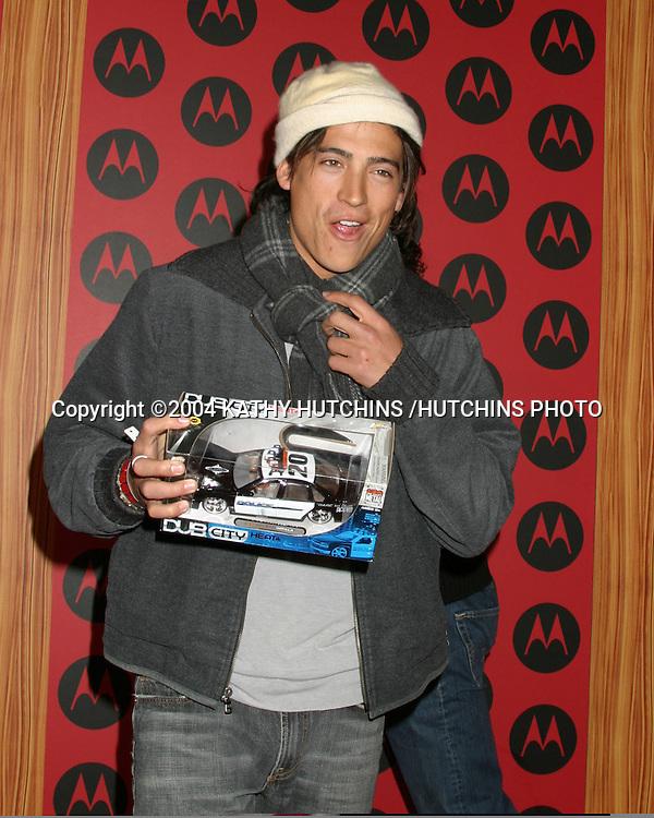 ©2004 KATHY HUTCHINS /HUTCHINS PHOTO.MOTOROLA 6TH ANNIVERSARY PARTY.HOLLYWOOD, CA.DECEMBER 2, 2004..ANDREW KEEGAN
