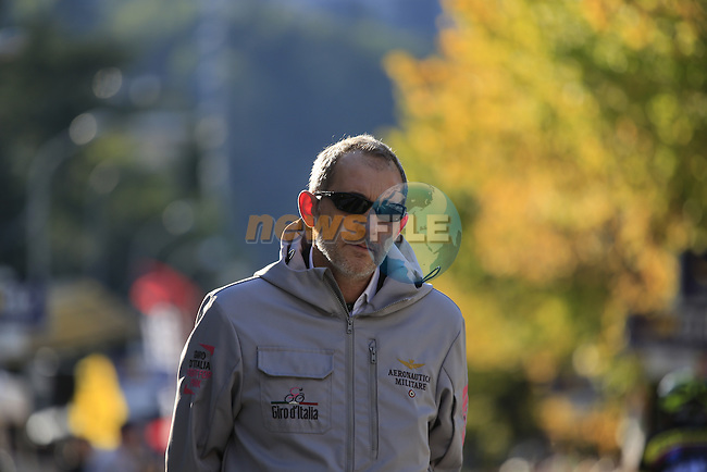 Stefano Diciatteo RCS on the finish line in Como at the end of Il Lombardia 2015 running 245km from Bergamo to Como, Italy. 4th October 2015.<br /> Picture: Eoin Clarke | Newsfile