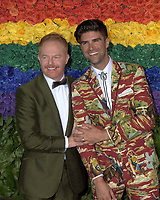 NEW YORK, NEW YORK - JUNE 09: Jesse Tyler Ferguson, Justin Mikita attends the 73rd Annual Tony Awards at Radio City Music Hall on June 09, 2019 in New York City. <br /> CAP/MPI/IS/JS<br /> ©JSIS/MPI/Capital Pictures