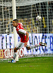 Nederland, Venlo, 25 januari 2013.Eredivisie.Seizoen 2012-2013.VVV Venlo-AZ.Adam Maher van AZ juicht nadat hij de 0-1 heeft gescoord.