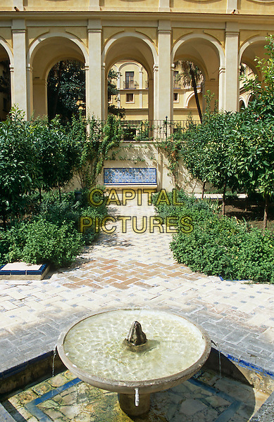 Fountain in Courtyard of the Maidens, Palacio Mudejar, Reales Alcazares, Seville, Spain