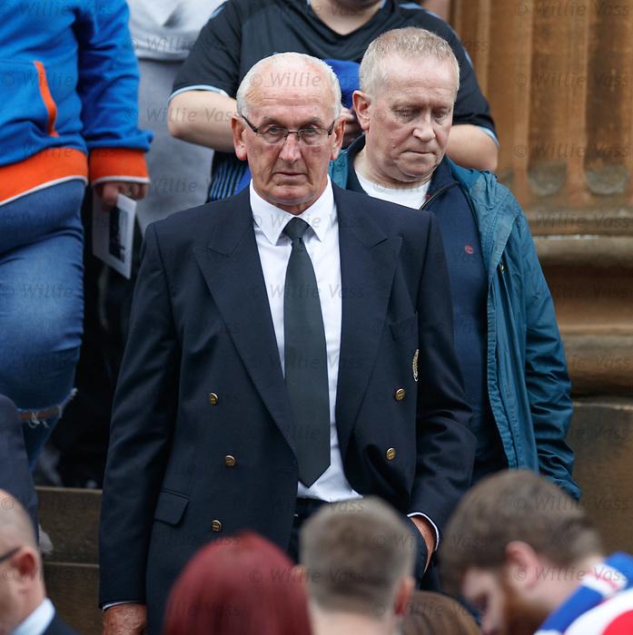25.09.2018 Funeral service for Fernando Ricksen: Peter McCloy