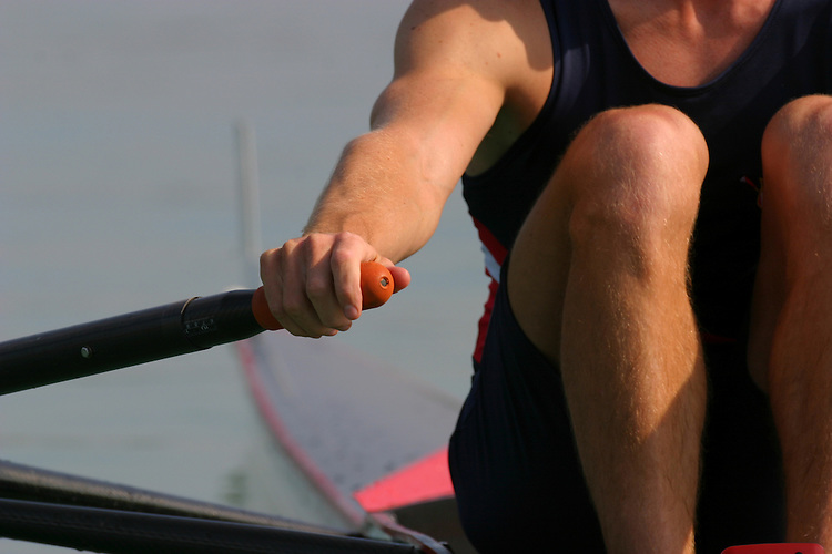 Rowing, Male single sculler, detail, hand and oar at the start, FISA World Rowing Championships, Idroscalo Park, Milan, Lombardy, Italy, Europe, 2003,.