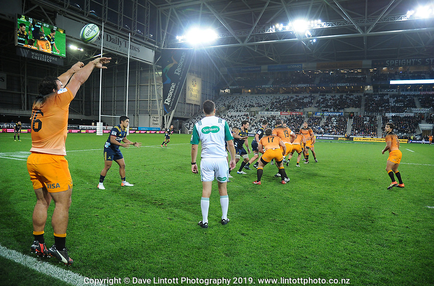 Agustin Creevy throws the ball in during the Super Rugby match between the Highlanders and Jaguares at Forsyth Barr Stadium in Dunedin, New Zealand on Saturday, 11 May 2019. Photo: Dave Lintott / lintottphoto.co.nz