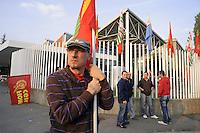 - workers of Tenaris Dalmine steel  company on strike against the threat of 800 dismissal in plants of Bergamo province....- lavoratori dell'industria siderurgica Tenaris Dalmine in sciopero contro la minaccia di 800 licenziamenti negli stabilimenti in provincia di Bergamo