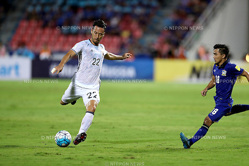 Maya Yoshida (JPN), Chanathip Songkrasin (THA),<br /> SEPTEMBER 6, 2016 - Football / Soccer :<br /> FIFA World Cup Russia 2018 Asian Qualifiers Final Round Group B match between Thailand 0-2 Japan at Rajamangala National Stadium in Bangkok, Japan. (Photo by Kenzaburo Matsuoka/AFLO)