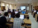 Iraq 2011 <br /> Training of civil servants on computers in the Information Technology Academy of Erbil<br /> Irak 2011<br /> Cours donne a des fonctionnaires dans un centre de formation aux technologies de l'informatique a Erbil
