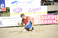 FIERLJEPPEN: GRIJPSKERK: 27-08-2016, Nederlands Kampioenschap Fierljeppen/Polsstokverspringen, Jaco de Groot baalt, ©foto Martin de Jong