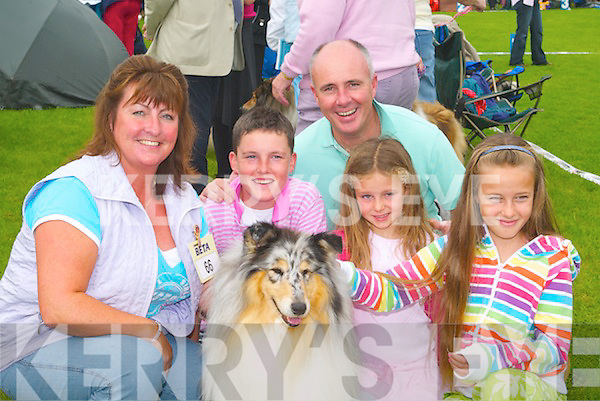 &nbsp;COLLIE: Having a good time at the Tralee &amp; District Canine Club Dog Show at Tralee Rugby Club on Saturday were, l-r: Jo Hodges, Eddie, Charlotte, Ciara and Denis Murphy (Tralee).<br />