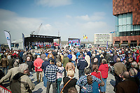 Lots of people to attend the team presentation ahead of the race<br /> <br /> 103rd Scheldeprijs 2015