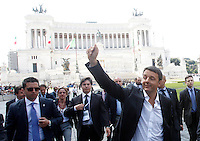 Il Presidente del Consiglio Matteo Renzi saluta i suoi sostenitori al termine della parata militare per la Festa della Repubblica, a Roma, 2 giugno 2014.<br /> Italian Premier Matteo Renzi waves to supporters at the end of the military parade on the occasion of the Republic Day in Rome, 2 June 2014.<br /> UPDATE IMAGES PRESS/Riccardo De Luca