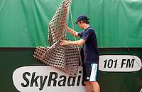 13-8-09, Den Bosch,Nationale Tennis Kampioenschappen, Ballenjongen bergt sleepnet op