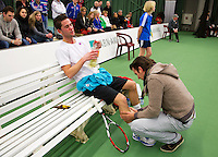 20-01-13, Tennis, Rotterdam, Wildcard for qualification ABNAMROWTT, Jesse Timmermans ondergaat een blessure behandeling.