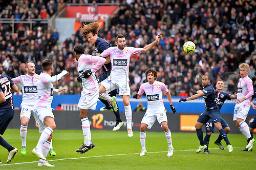 18.01.2015. Paris, France. French League 1 football. Paris St Germain versus Evian.  Headed goal scored by David Luiz (psg)