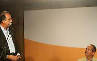 RIO DE JANEIRO, RJ, 09.06.2014  - ABERTURA DO CENTRO ABERTO DE MÍDIA - O governador do Rio de Janeiro Luiz Fernando Pezão e o ministro dos esportes Aldo Rebelo participam da coletiva de imprensa, na abertura do Centro Aberto de Mídia (CAM), no Forte de Copacabana no Rio de Janeiro. O espaço, localizado na praia de Copacabana, próximo ao Posto 6, será destinado aos profissionais de imprensa que realizarão cobertura durante a Copa do Mundo da FIFA Brasil 2014 e terá atendimento à mídia, programação cultural e entrevistas coletivas de porta-vozes oficiais do governo. Em Copacabana zona sul da cidade nessa segunda 09. (Foto: Levy Ribeiro / Brazil Photo Press)