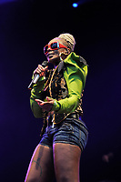 LONDON ENGLAND - JULY 16: Mary J Blige performing at Kew the Music, Kew Gardens on July 16, 2017 in London, England.<br /> CAP/MAR<br /> &copy;MAR/Capital Pictures /MediaPunch ***NORTH AND SOUTH AMERICAS ONLY***