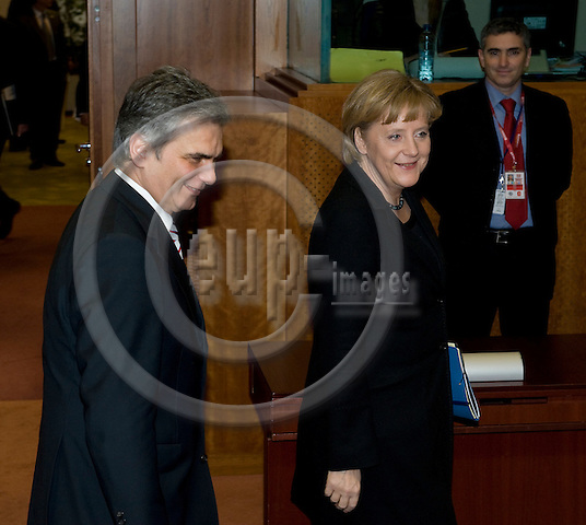 Brussels-Belgium - 19 March 2009 -- European Council, EU-spring-summit under Czech Presidency; here, Werner FAYMANN (le), Federal Chancellor of Austria, with Angela MERKEL (ri), Federal Chancellor of Germany -- Photo: Horst Wagner/eup-images