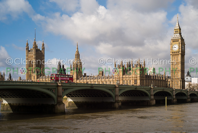 The Palace of Westminster (Houses of Parliament) and Big Ben clock tower (Elizabeth Tower) behind the Westminster Bridge in London, England, UK.