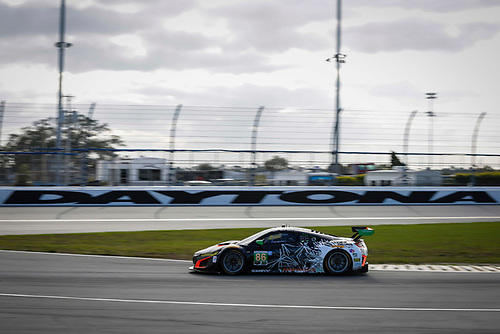 5-8 January, 2017, Daytona Beach, Florida USA<br /> 86, Acura, Acura NSX, GTD, Oswaldo Negri Jr., Tom Dyer, Jeff Segal<br /> ©2017, Barry Cantrell<br /> LAT Photo USA