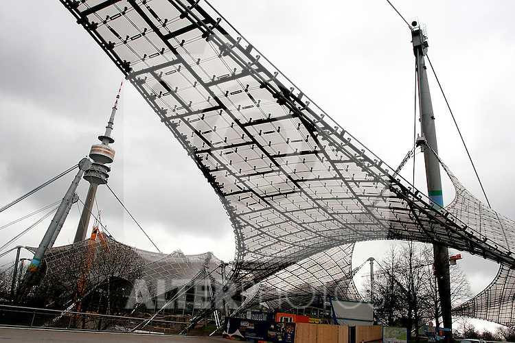 A view of the Olympia park with the Olympiaturm or Olympic tower in Munich, April 03, 2008. (ALTERPHOTOS/Alvaro Hernandez)