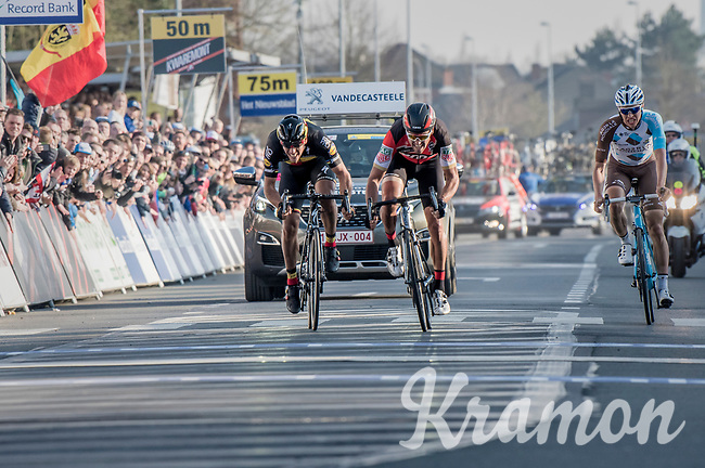 Greg Van Avermaet (BEL/BMC) beating Philippe Gilbert (BEL/Quick Step floors) on the finish line by a smal margin<br /> <br /> 60th E3 Harelbeke (1.UWT)<br /> 1day race: Harelbeke &rsaquo; Harelbeke - BEL (206km)