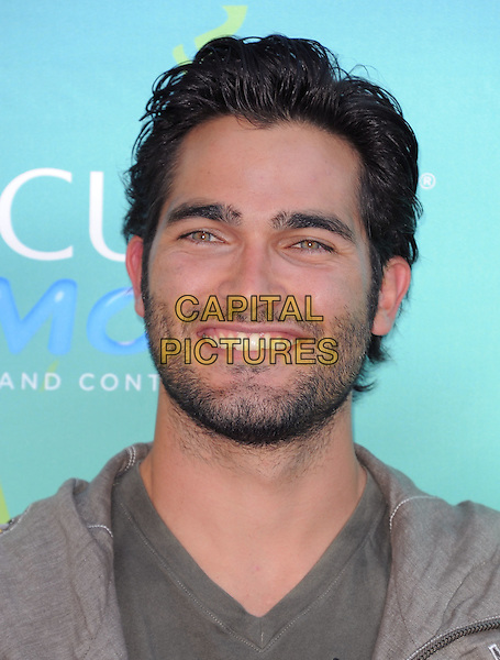 Tyler Hoechlin.2011 Teen Choice Awards - Arrivals held at Gibson Amphitheatre, Universal City, California, USA..August 7th, 2011.headshot portrait grey gray beige beard stubble facial hair.CAP/RKE/DVS.©DVS/RockinExposures/Capital Pictures.