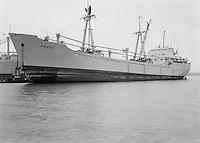 November 1964. Schip Havel in de haven van Antwerpen.