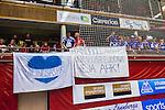 Eskilstuna 2014-05-15 Handboll SM-semifinal Eskilstuna Guif - Alings&aring;s HK :  <br /> Alings&aring;s supportrar med en banderoll med texten &quot;Handboll &auml;r en fest och vi &auml;r bjudna - Heja AHK&quot;<br /> (Foto: Kenta J&ouml;nsson) Nyckelord:  Eskilstuna Guif Sporthallen Alings&aring;s AHK SM Semifinal Semi supporter fans publik supporters