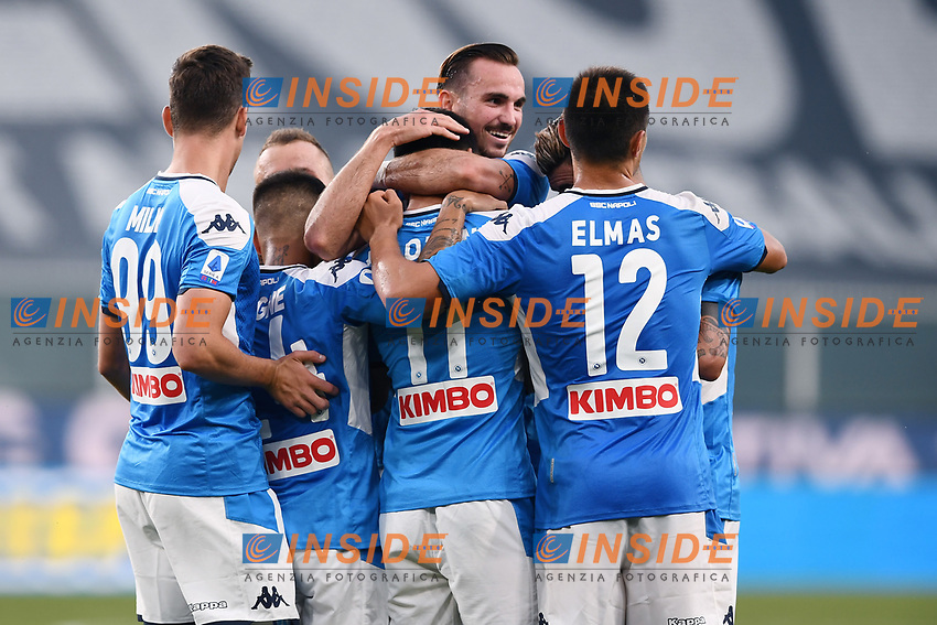 Hirving Lozano of SSC Napoli celebrates with team mates after scoring the goal of 1-2 during the Serie A football match between Genoa CFC and SSC Napoli stadio Marassi in Genova ( Italy ), July 08th, 2020. Play resumes behind closed doors following the outbreak of the coronavirus disease. <br /> Photo Matteo Gribaudi / Image / Insidefoto
