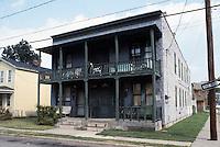1985 February ..Redevelopment.Huntersville 1&2 (R-70)..PROGRESS VIEW.770-772 FREEMONT..NEG#.NRHA#..