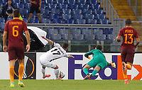 Calcio, Europa League: Roma vs Astra Giurgiu. Roma, stadio Olimpico, 29 settembre 2016.<br /> Astra Giurgiu&rsquo;s Viorel Nicoara, second from left, is challenged by Roma&rsquo;s goalkeeper Wojciech Szczesny, second from right, during the Europa League Group E soccer match between Roma and Astra Giurgiu at Rome's Olympic stadium, 29 September 2016. Roma won 4-0.<br /> UPDATE IMAGES PRESS/Riccardo De Luca