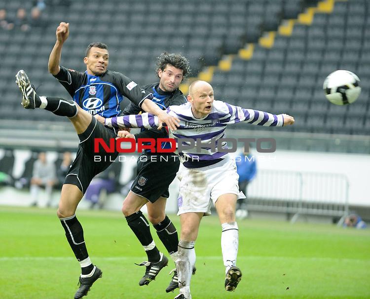 2. Bundesliga 2008 / 2009 21. Spieltag R&uuml;ckrunde<br /> FSV Frankfurt - VfL Osnabr&uuml;ck (0:0) 1:0<br /> <br /> Emil Noll (Frankfurt #33)li., 90. Minute zum 1:0. Angelo Barletta (Frankfurt #24) dahinter. Matthias Heidrich (VfL Osnabr&uuml;ck #12) kann  den Treffer nicht verhindern.<br /> <br /> Foto &copy; nph (  nordphoto  )<br /> <br /> ***** Local Caption *****