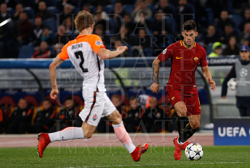 Roma s Diego Perotti, right, is challenged by Shakhtar Donetsk's Bohdan Butko during the Uefa Champions League round of 16 second leg soccer match between Roma and Shakhtar Donetsk at Rome's Olympic stadium, March 13, 2018. Roma won. 1-0 to join the quarter finals.<br /> UPDATE IMAGES PRESS/Riccardo De Luca