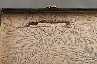 Willard Suitcases / Helen G / ©2014 Jon Crispin