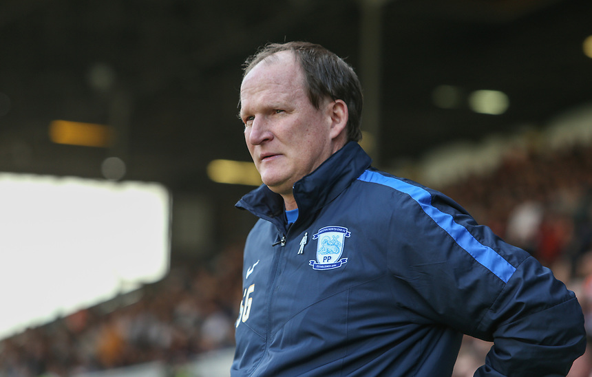 Preston North End manager Simon Grayson <br /> <br /> Photographer Alex Dodd/CameraSport<br /> <br /> The EFL Sky Bet Championship - Leeds United v Preston North End - Saturday 8th April 2017 - Elland Road - Leeds<br /> <br /> World Copyright &copy; 2017 CameraSport. All rights reserved. 43 Linden Ave. Countesthorpe. Leicester. England. LE8 5PG - Tel: +44 (0) 116 277 4147 - admin@camerasport.com - www.camerasport.com