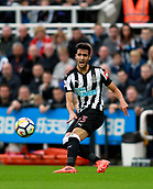 1st October 2017, St James Park, Newcastle upon Tyne, England; EPL Premier League football, Newcastle United versus Liverpool; Mikel Merino of Newcastle United passes the ball to Matt Ritchie in the 1-1 draw