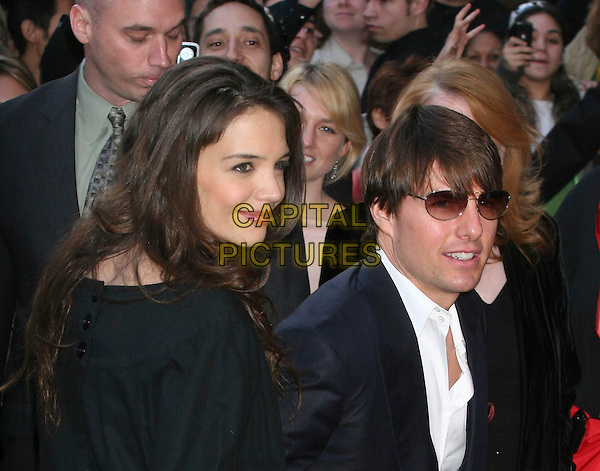 KATIE HOLMES & TOM CRUISE.De-Toxification Benefit Gala at the Altman Building, .New York, NY, USA.19th April 2007.CAP/IW.©Ian Wilson/Capital Pictures