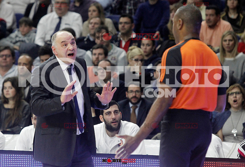 Real Madrid's coach Pablo Laso have words with the referee during Euroleague match.January 22,2015. (ALTERPHOTOS/Acero) /NortePhoto<br /> NortePhoto.com