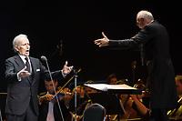 Spanish tenor singer Jose Carreras performs during his concert in Budapest, Hungary on Dec. 19, 2018. ATTILA VOLGYI