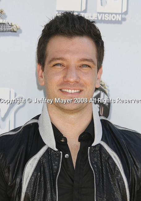Singer JC Chasez arrives to the 2008 MTV Movie Awards on June 1, 2008 at the Gibson Amphitheatre in Universal City, California.