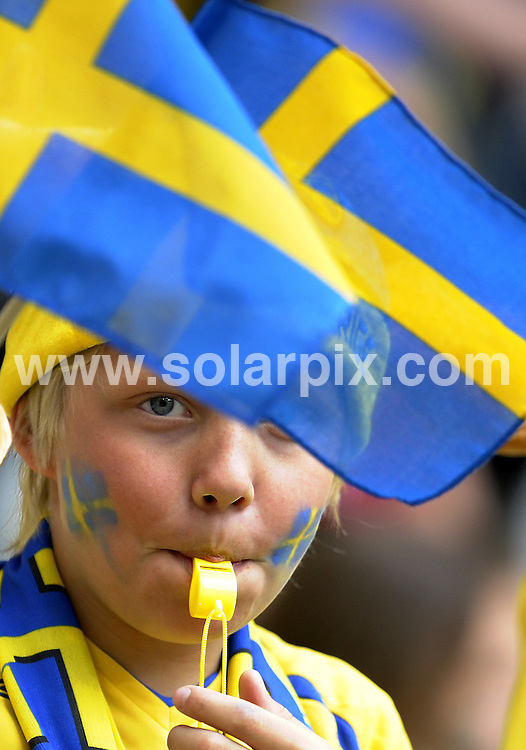 **ALL ROUND PICTURES FROM SOLARPIX.COM**.**SYNDICATION RIGHTS FOR UK AND SPAIN ONLY**.Football, Euro, European Championship 2008 Austria/Switzerland, Preliminary, Group D, Match 15, Sweden vs Spain, 14 June 2008, Tivoli Neu Stadium, Innsbruck, Austria.The match ended 2-1 for Spain..Please note: UEFA restrictions particularly in regard to slide shows and No Mobile Services!.JOB REF: 6633  CPR Sascha Schuermann/ddp      DATE: 14.06.08.**MUST CREDIT SOLARPIX.COM OR DOUBLE FEE WILL BE CHARGED* *UNDER NO CIRCUMSTANCES IS THIS IMAGE TO BE REPRODUCED FOR ANY ONLINE EDITION WITHOUT PRIOR PERMISSION*