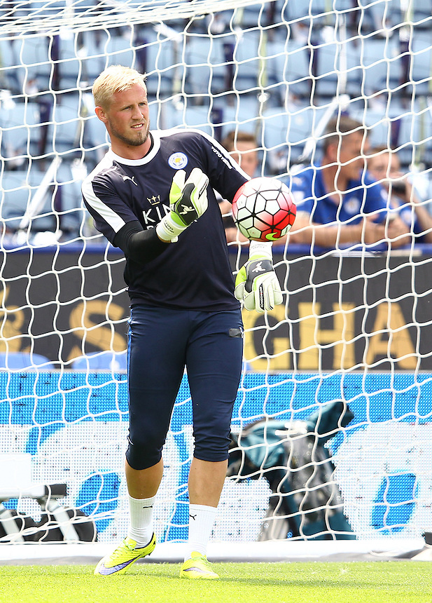 Leicester City's Kasper Schmeichel during the pre-match warm-up <br /> <br /> Photographer Rachel Holborn/CameraSport<br /> <br /> Football - Barclays Premier League - Leicester City v Sunderland - Saturday 8th August 2015 - King Power Stadium - Leicester<br /> <br /> <br /> &copy; CameraSport - 43 Linden Ave. Countesthorpe. Leicester. England. LE8 5PG - Tel: +44 (0) 116 277 4147 - admin@camerasport.com - www.camerasport.com